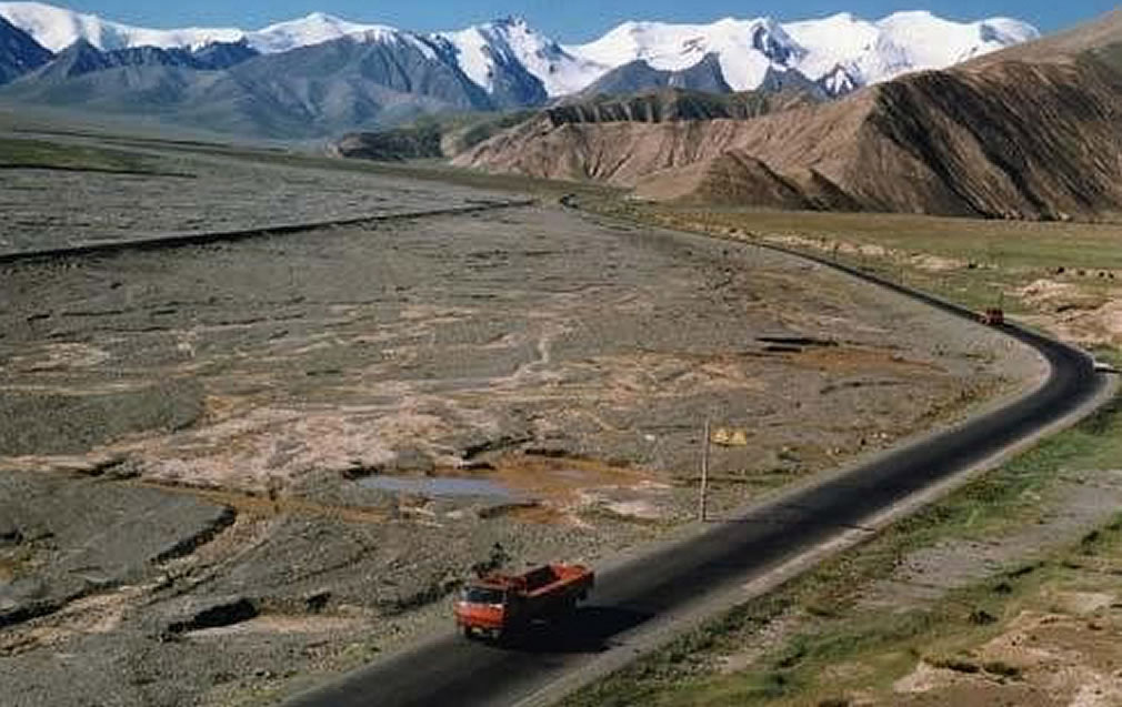 Qinghai Tibet highway - Why did China build highway to Tibet