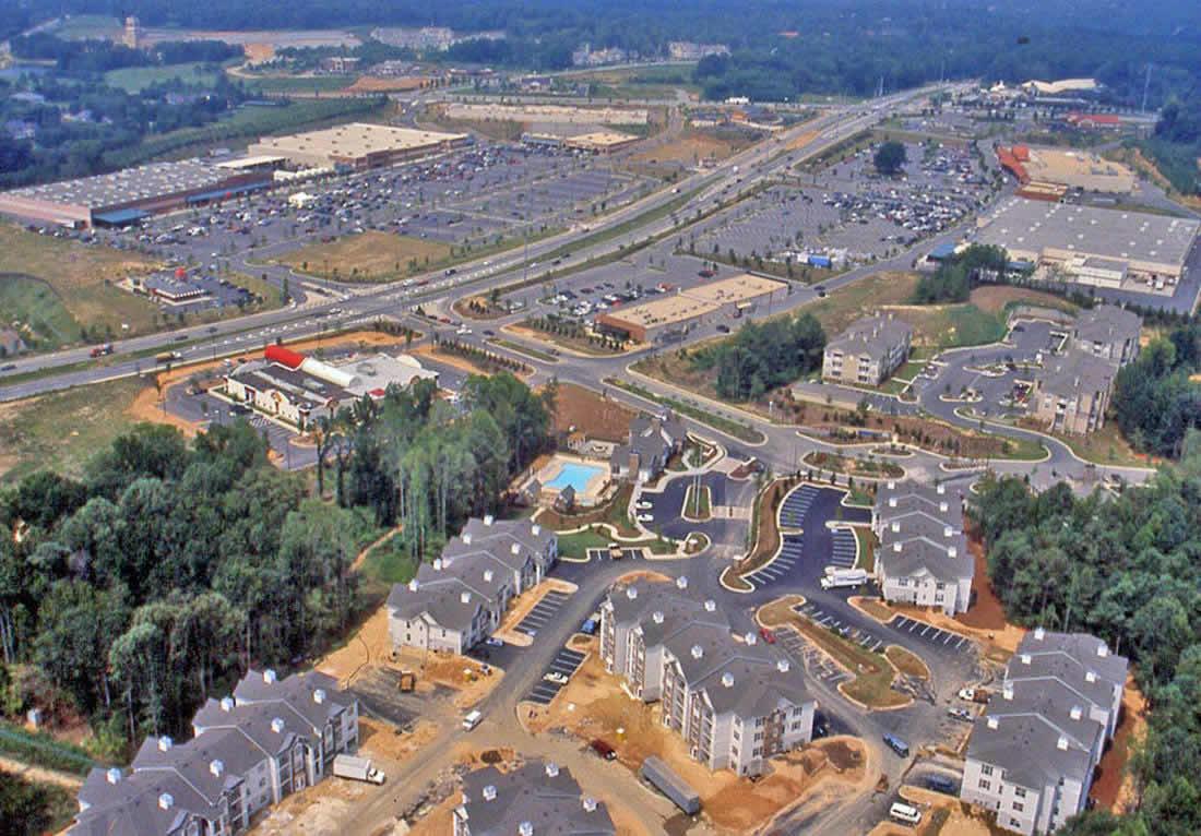 典型的城镇化过程中,地表被不透水地面覆盖的区域