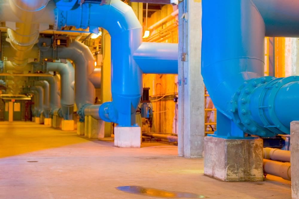 供水管往往系统管道